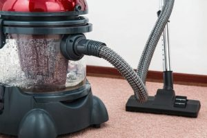 vacuum cleaner for wet floor from leak